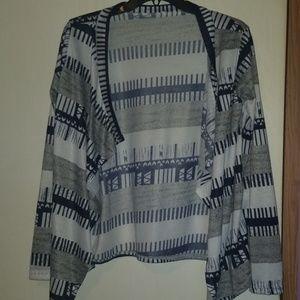 Sweaters - Like new Aztec pattern cardigan
